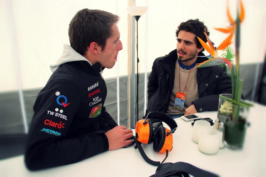 @rojoalvolante in the F1 paddock
