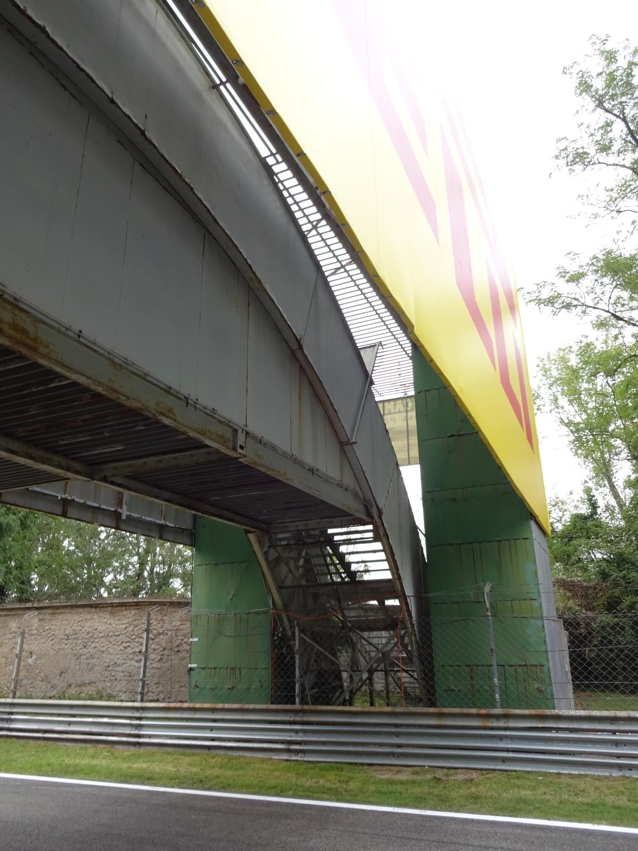 monza-campari-bridge-2