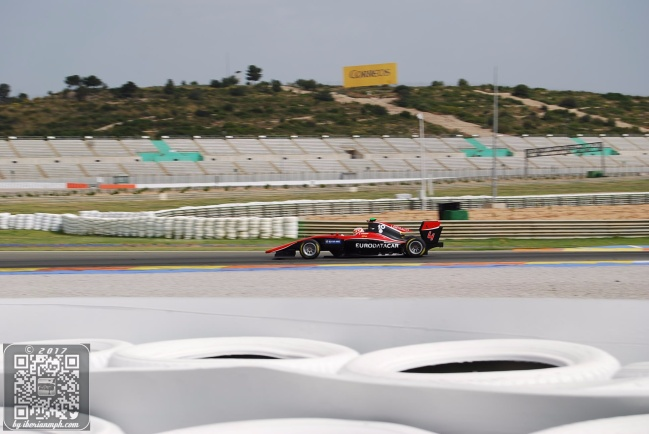 Tony Checks Out Millennials at the GP3 Test