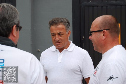 Tony Checks Out Jean Alesi