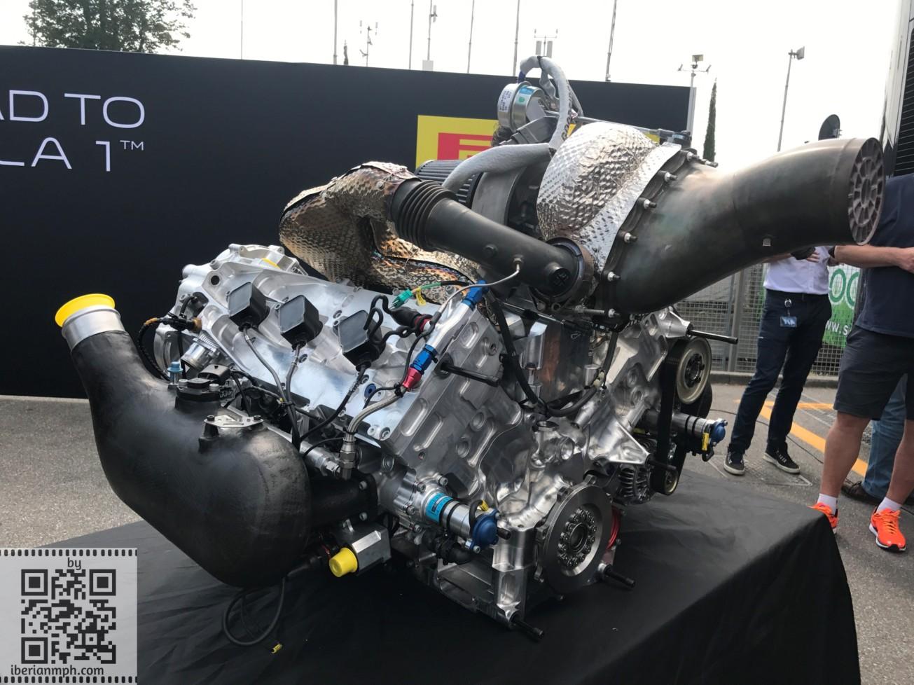 FIA F2 Car 2018 (1)