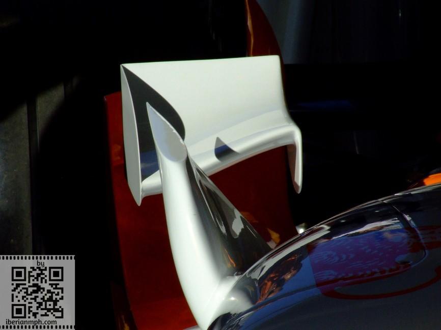 Dummy F1 life: fake Renault F1 chimney