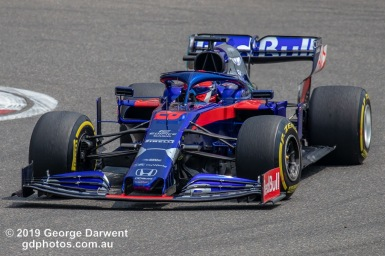 Daniil Kvyat (#26) of the Scuderia Toro Rosso Formula 1 team out on track during the 2019 Chinese Grand Prix weekend. -------------------------------------------------- Photo taken by me - GDPHOTOS.COM.AU Friday 12 April 19 Canon EOS 6D Mark II EF100-400mm f/4.5-5.6L IS II USM +1.4x III @ 560mm 1/800 sec @ f10 500 ISO Please credit if sharing -------------------------------------------------